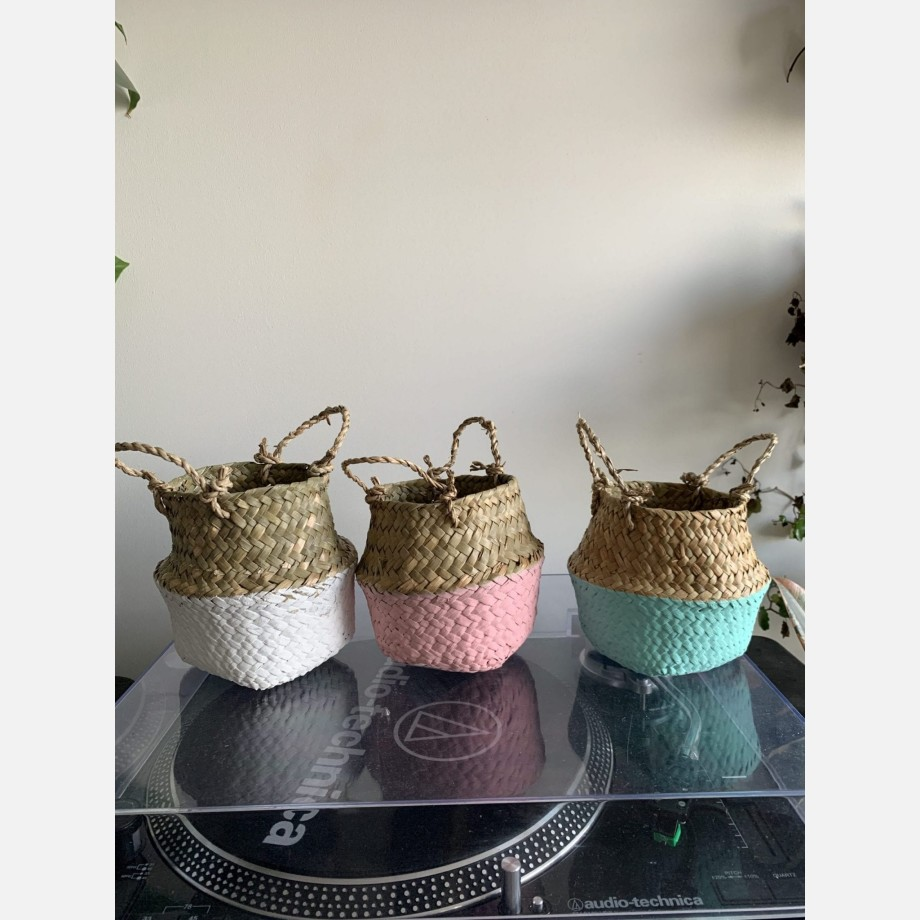 Wicker basket planter for 7-9cm pots | Available in choice of colours