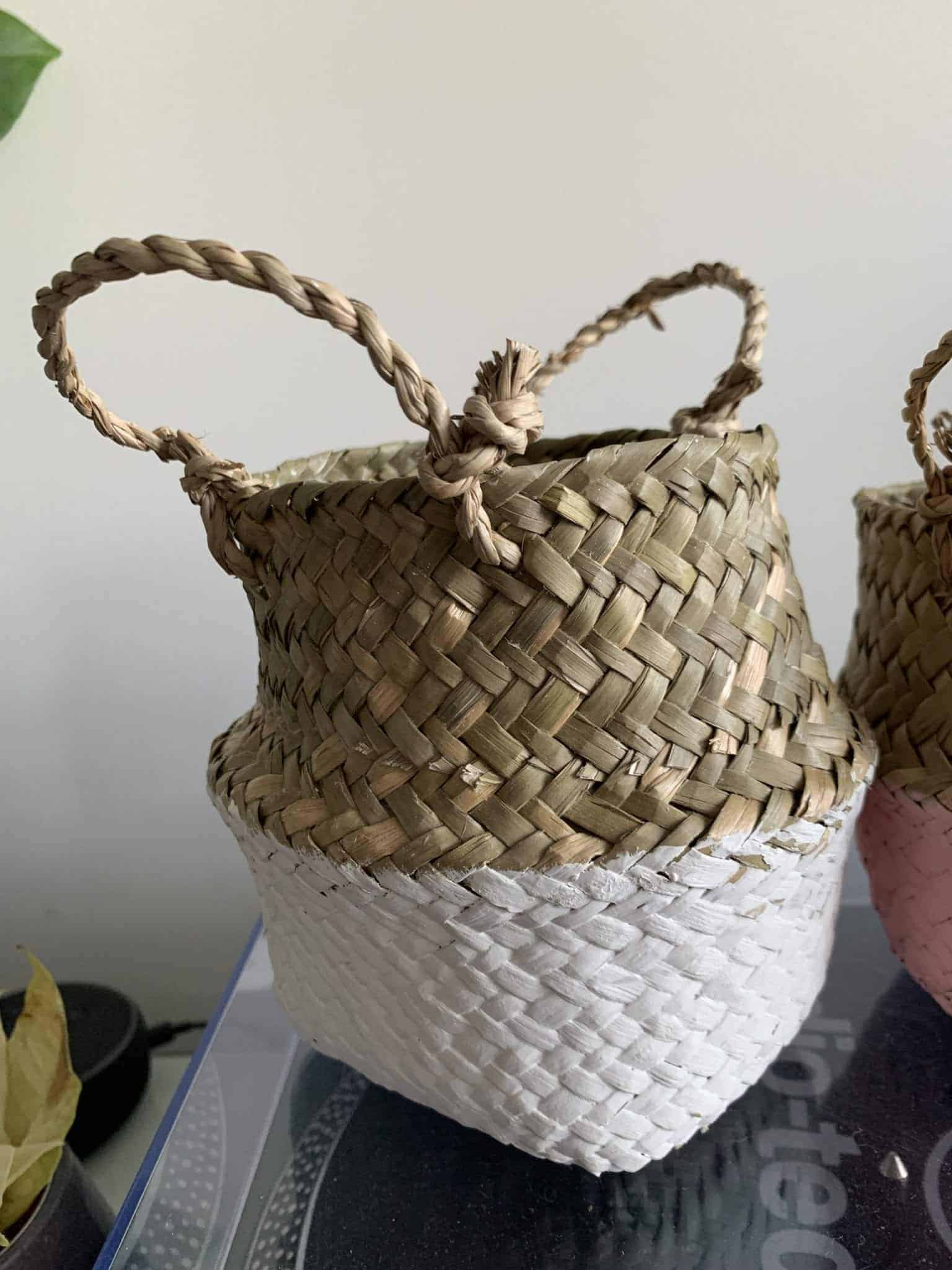 Wicker basket planter for 7-9cm pots | Available in choice of colours - White