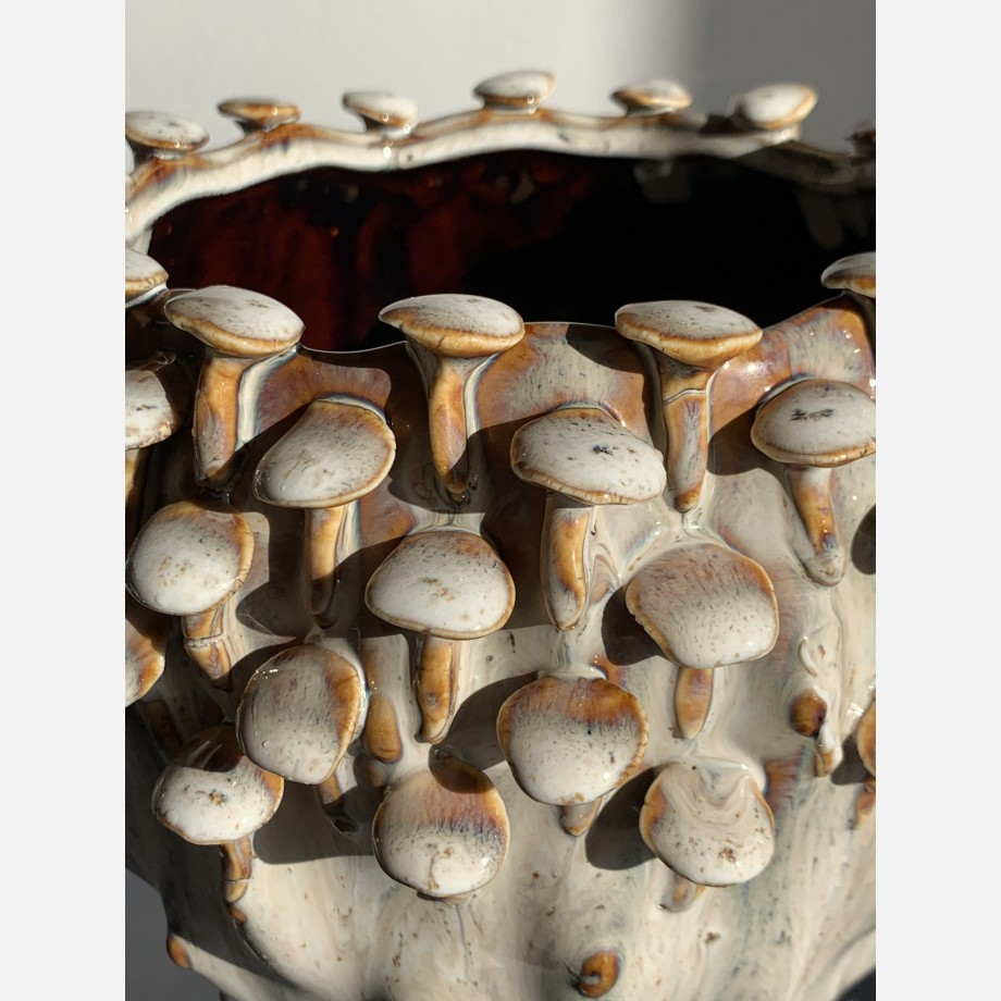 Brown 'toadstool' Planter for up to 15cm pots Plant Accessories 4