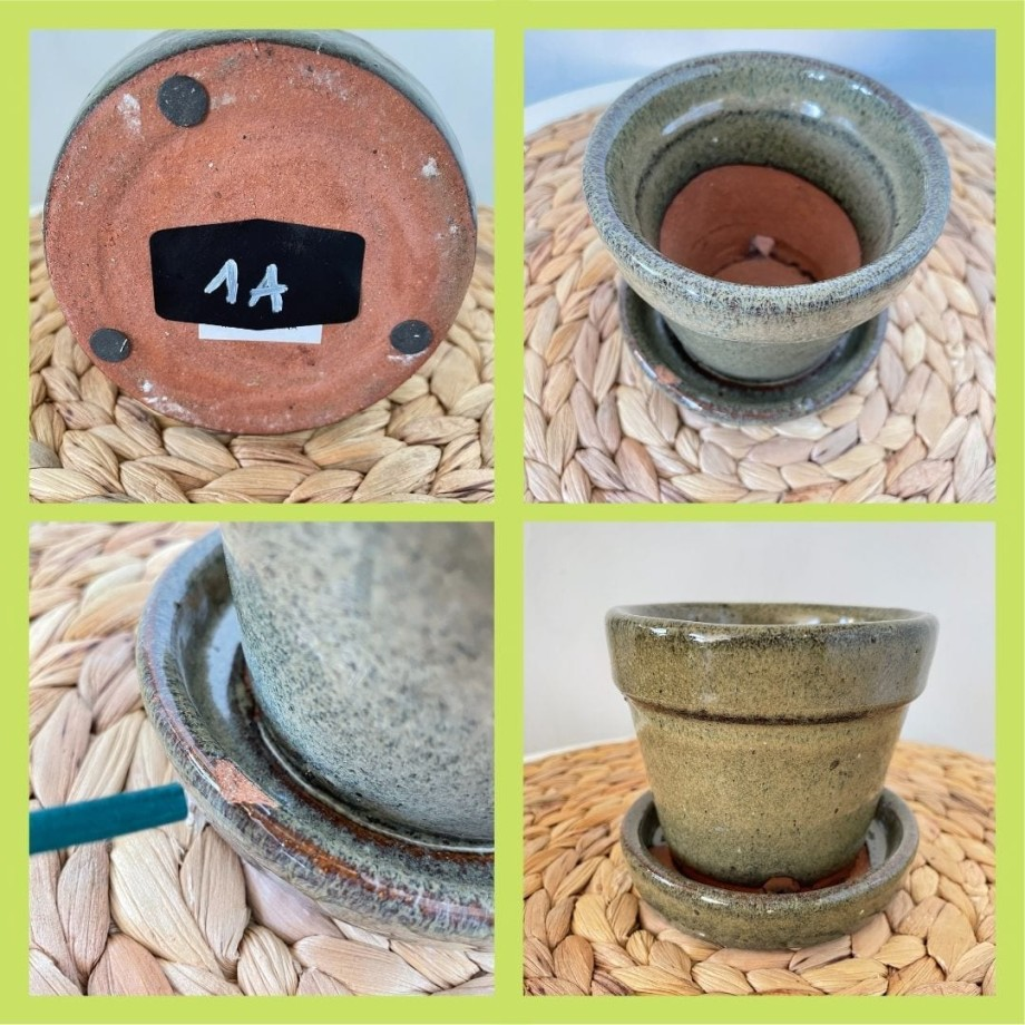 Moss Colour Planter with Attached Saucer for 9cm Pots 1A